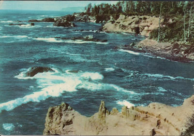 An image of Boiler Bay from a postcard dating from roughly the 1940s