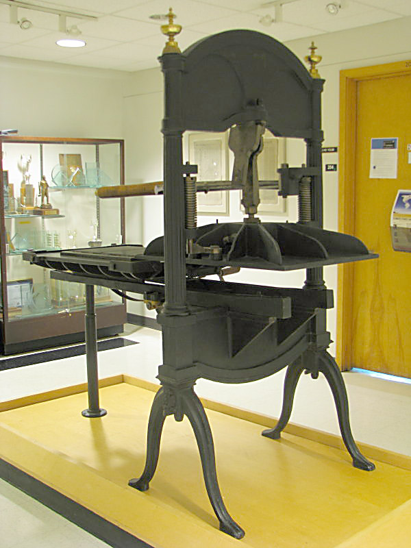 The old letterpress used to print the Oregon Spectator in 1946. Photo by Curt M. Thomas.