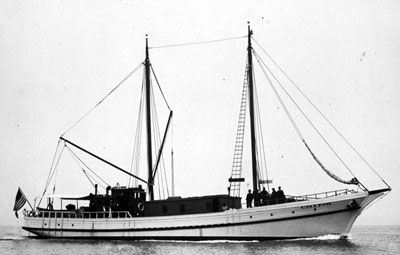 The fishing schooner that would later be renamed the Tom and Al, and would carry the harpoon gun for Astoria's early-1960s foray into commercial whaling.