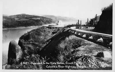 Old postcard showing approach to Crown Point Vista House.